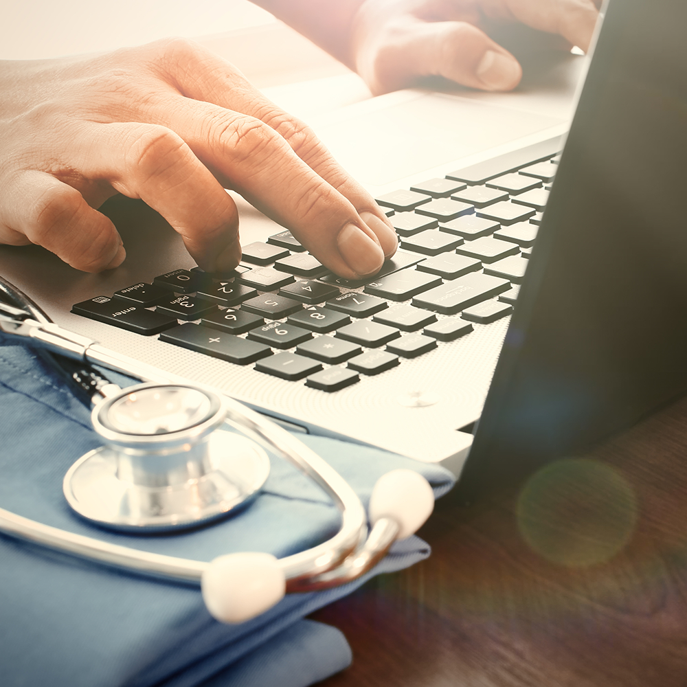 75-Top-Notch-Medical-Blogs-Every-HealthCare-Pro-Should-Know_ForReview