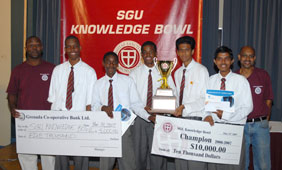knowledge bowl winners group photo